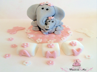 Edible Elephant cake topper