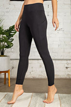 Load image into Gallery viewer, FULL LENGTH COMPRESSION POCKET LEGGINGS | BLACK + TITANIUM