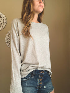 LIGHTWEIGHT OVERSIZED SWEATER | SAGE + GREY