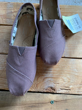 Load image into Gallery viewer, TOMS ASH CANVAS CLASSIC ALPARGATA | 6 + 6.5