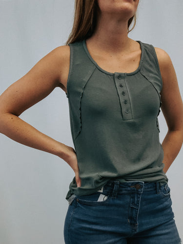 OLIVE RIBBED HENLEY TANK | S