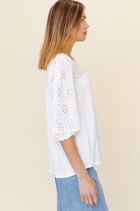CREAM EYELET 3/4  SLEEVE TOP | REGULAR + PLUS