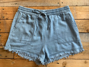 DENIM TENCEL FRAYED SHORTS | 2 COLORS