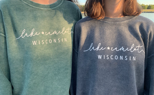 LAKE CAMELOT CORDED SWEATSHIRT | NAVY + GREEN
