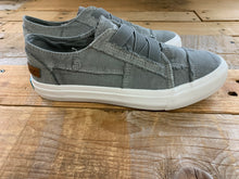 Load image into Gallery viewer, BLOWFISH SWEET GREY MARLEY SNEAKER | 7.5