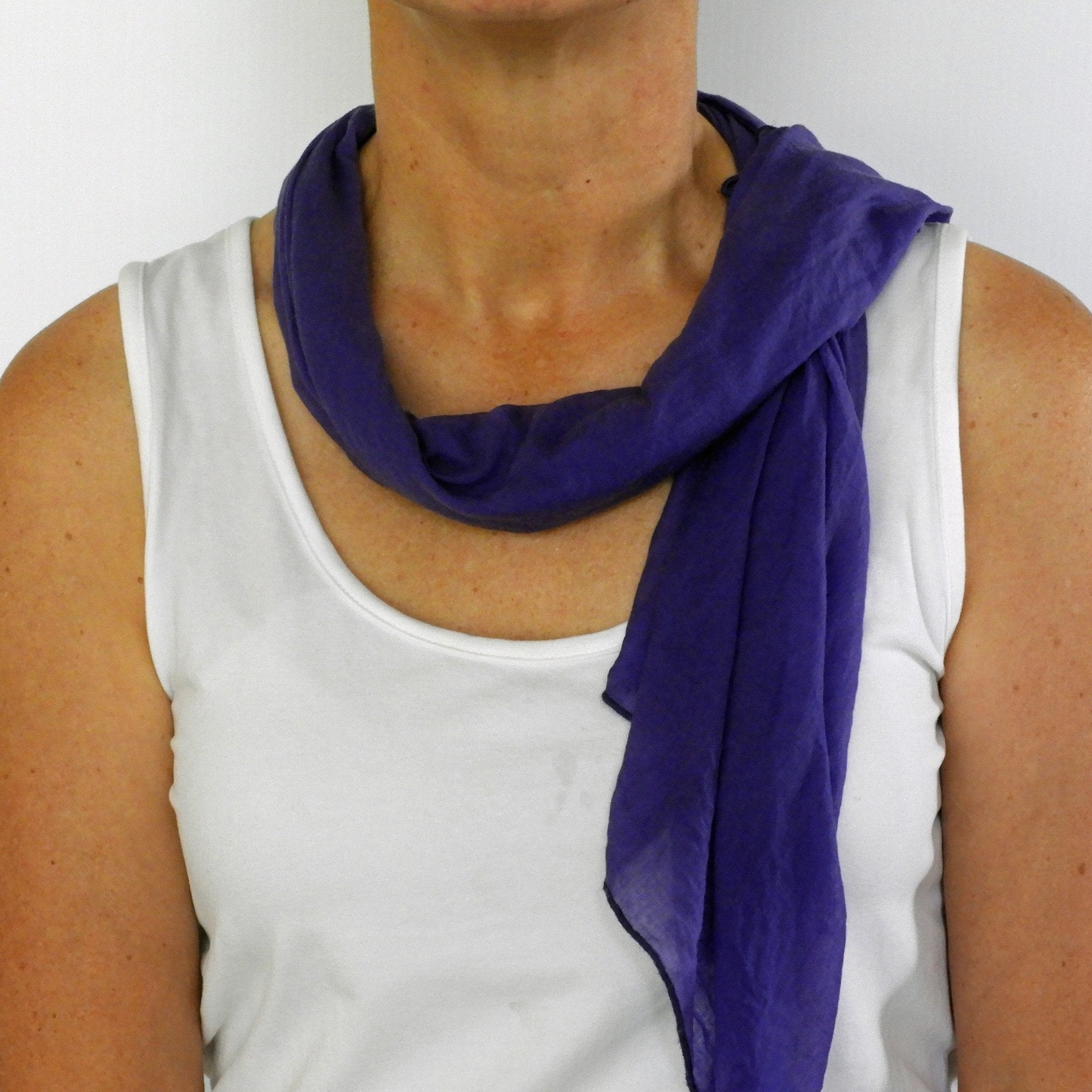 purple neck-scarf