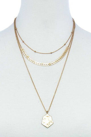 Triple Layered Chain And Pendant Necklace Gold