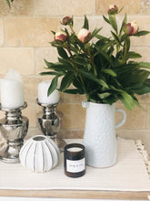 Load image into Gallery viewer, 'Hello Calm' Candle - Moroccan Rose