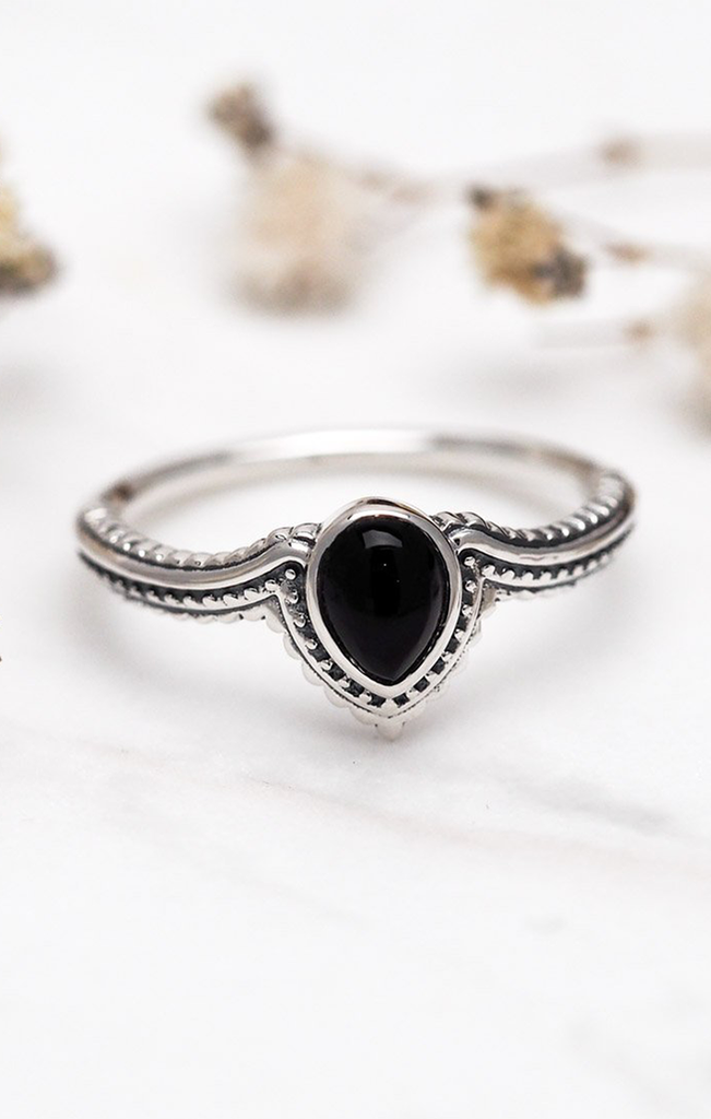 Solace Onyx Ring