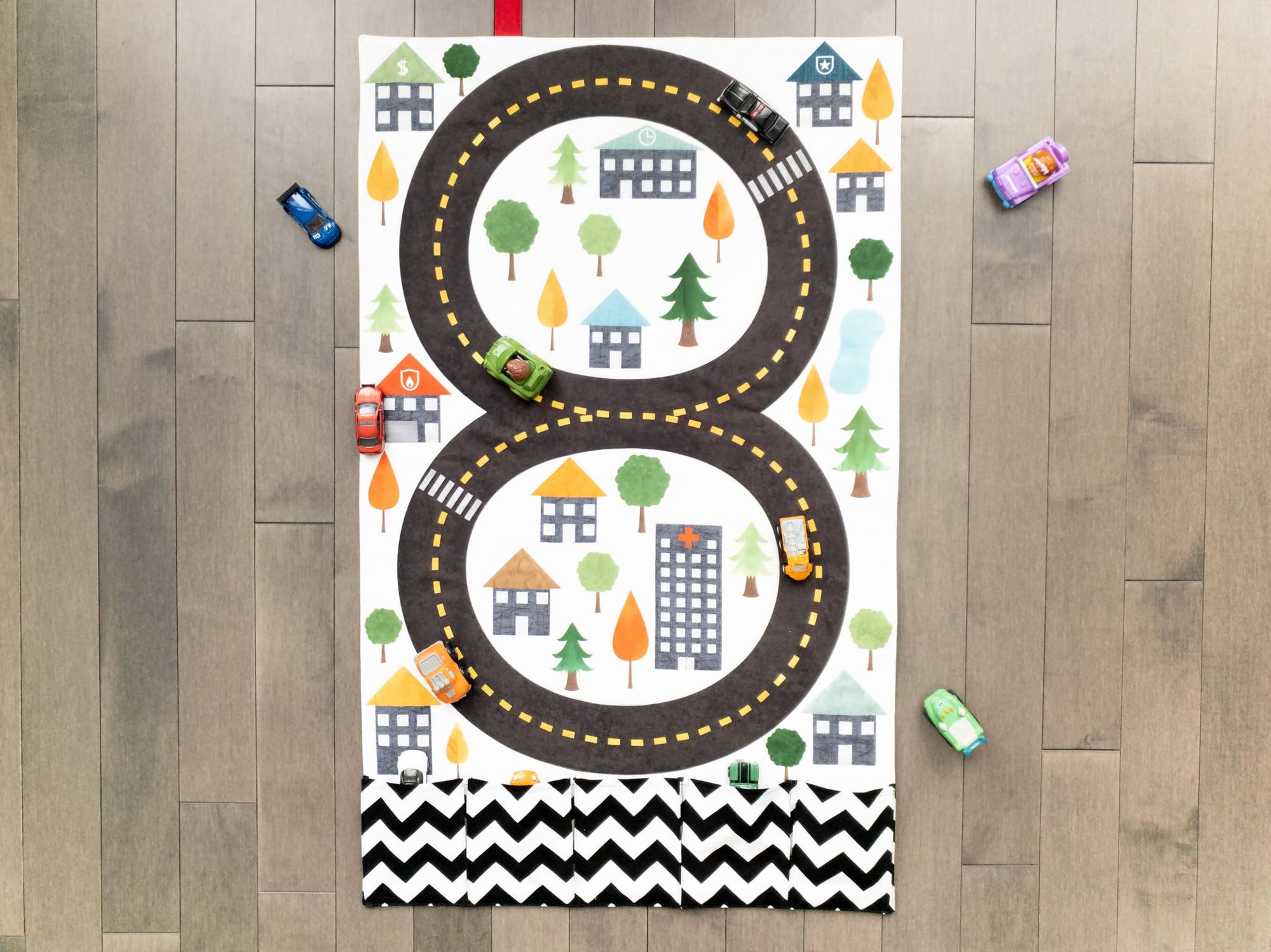 Road Play Mat - Fold Up Travel Track Quilt With Pockets for Toy Storage