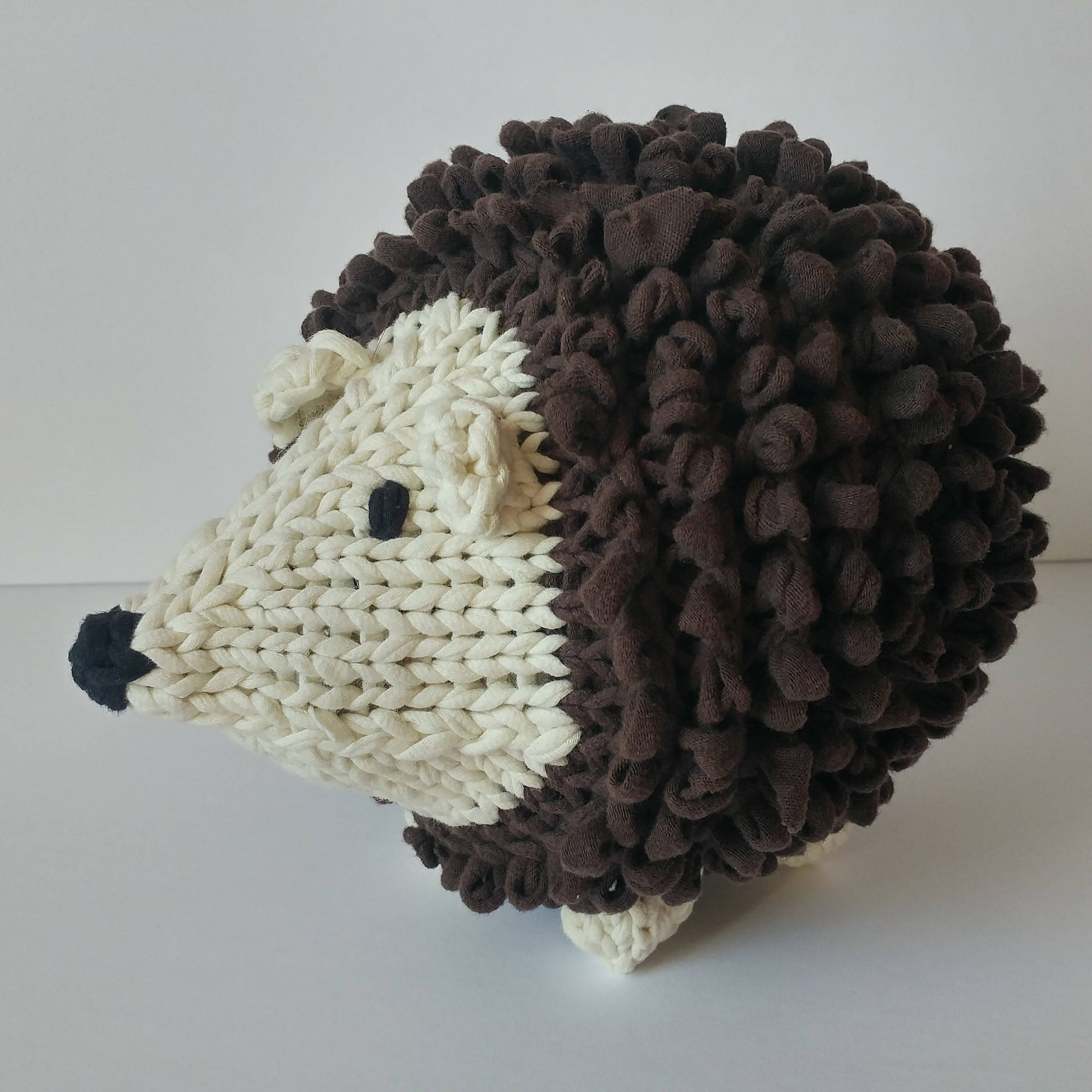 Loopy the Hedgehog (Stuffed Toy)