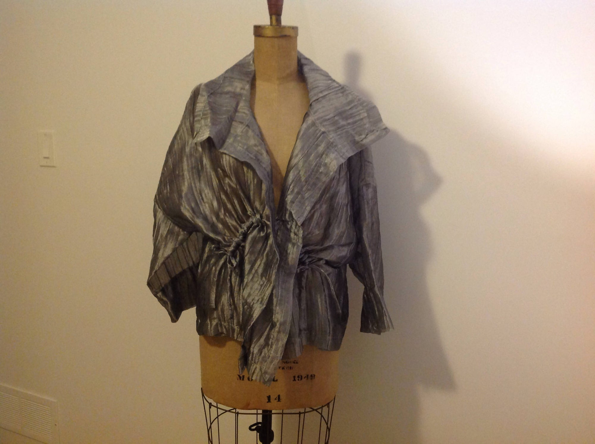 Crinkle-silk Jacket in Metallic Silver