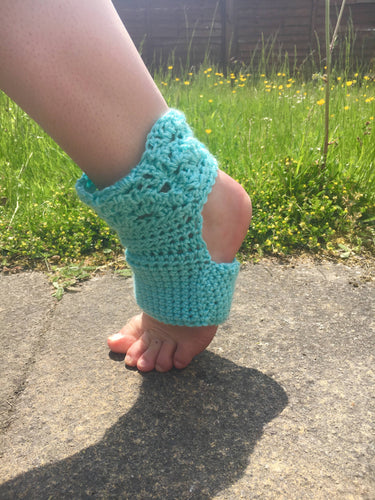 Blue Crochet Petal Yoga Socks - Multiple Sizes Available