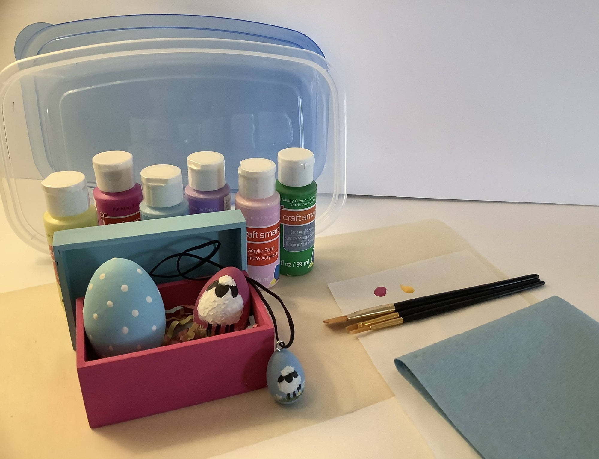 DIY Kit of Wooden Easter Eggs , a Necklace and a Box