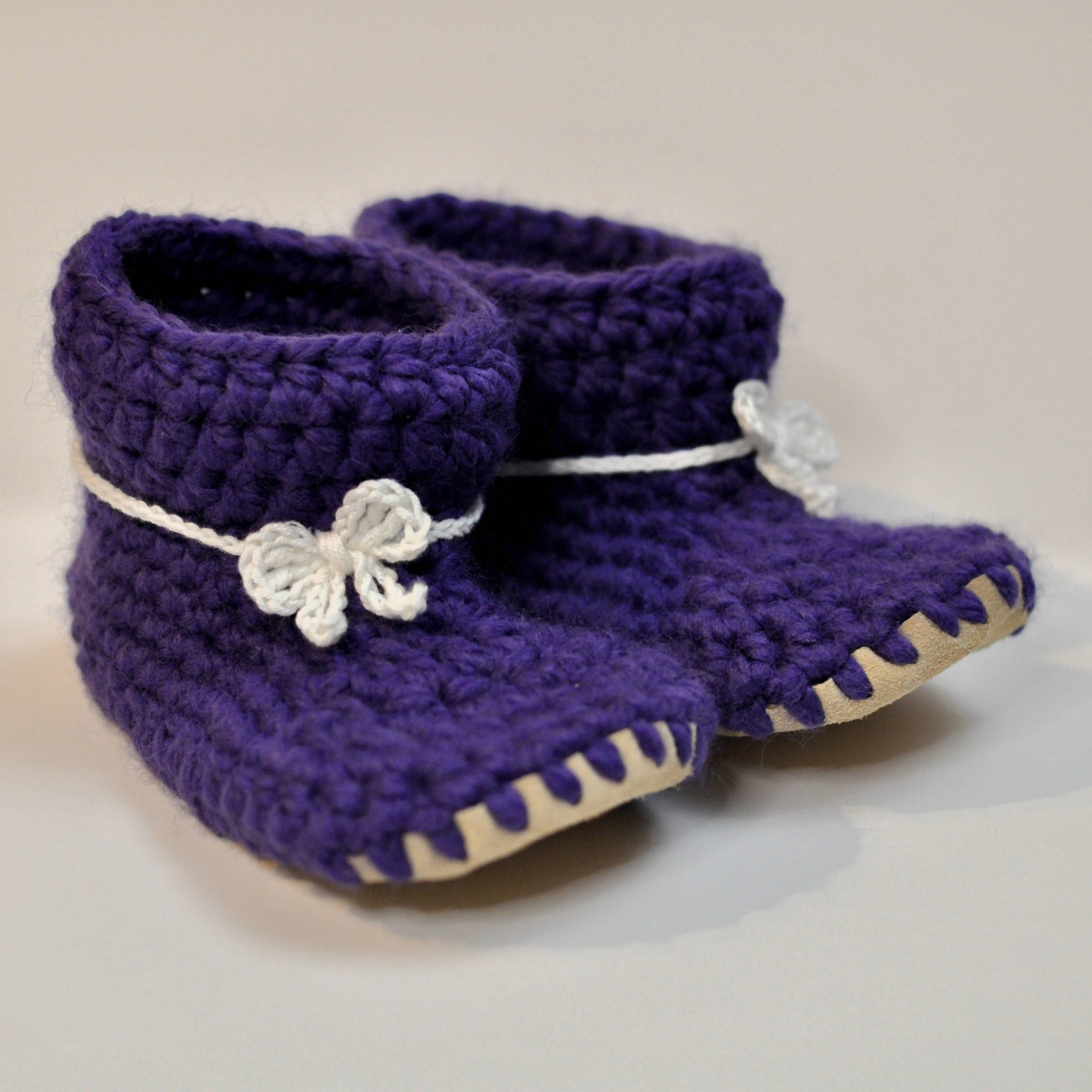 Baby Shoes // Baby Slippers // Crochet Booties // Leather Bottom Boots // Newborn Baby Toddler Child - PURPLE with BOW