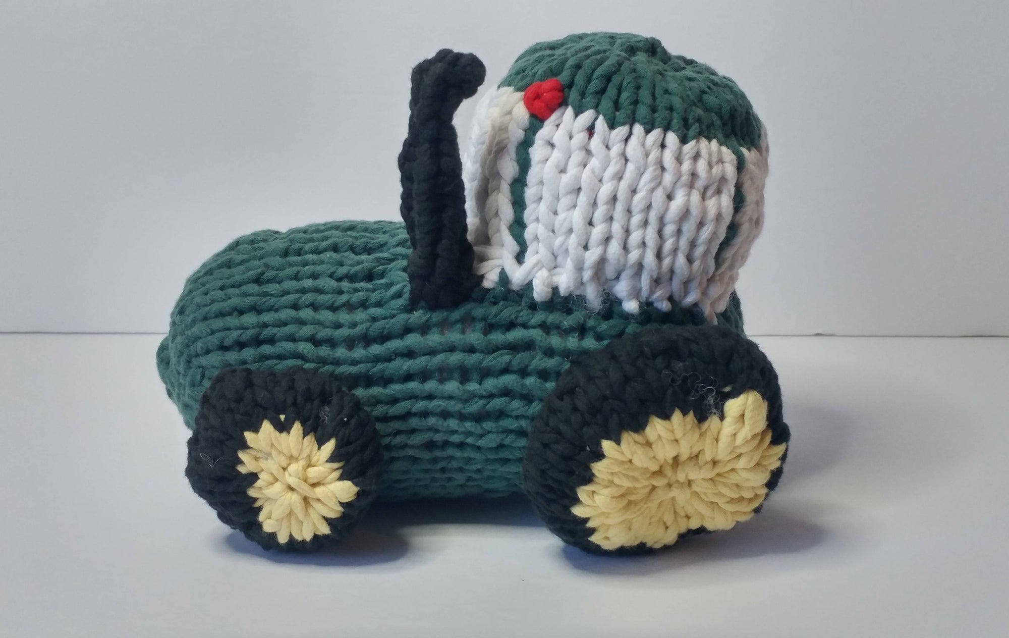 Tractor (Stuffed Toy)