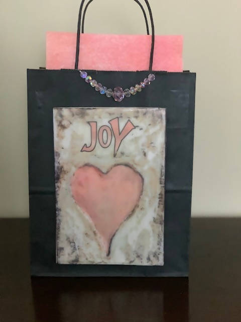 medium size heart gift bag