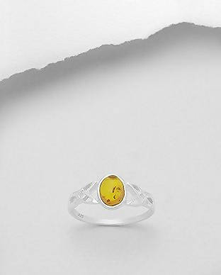 925 Sterling Silver Celtic Solitaire Ring, Decorated with Baltic Amber Size 7