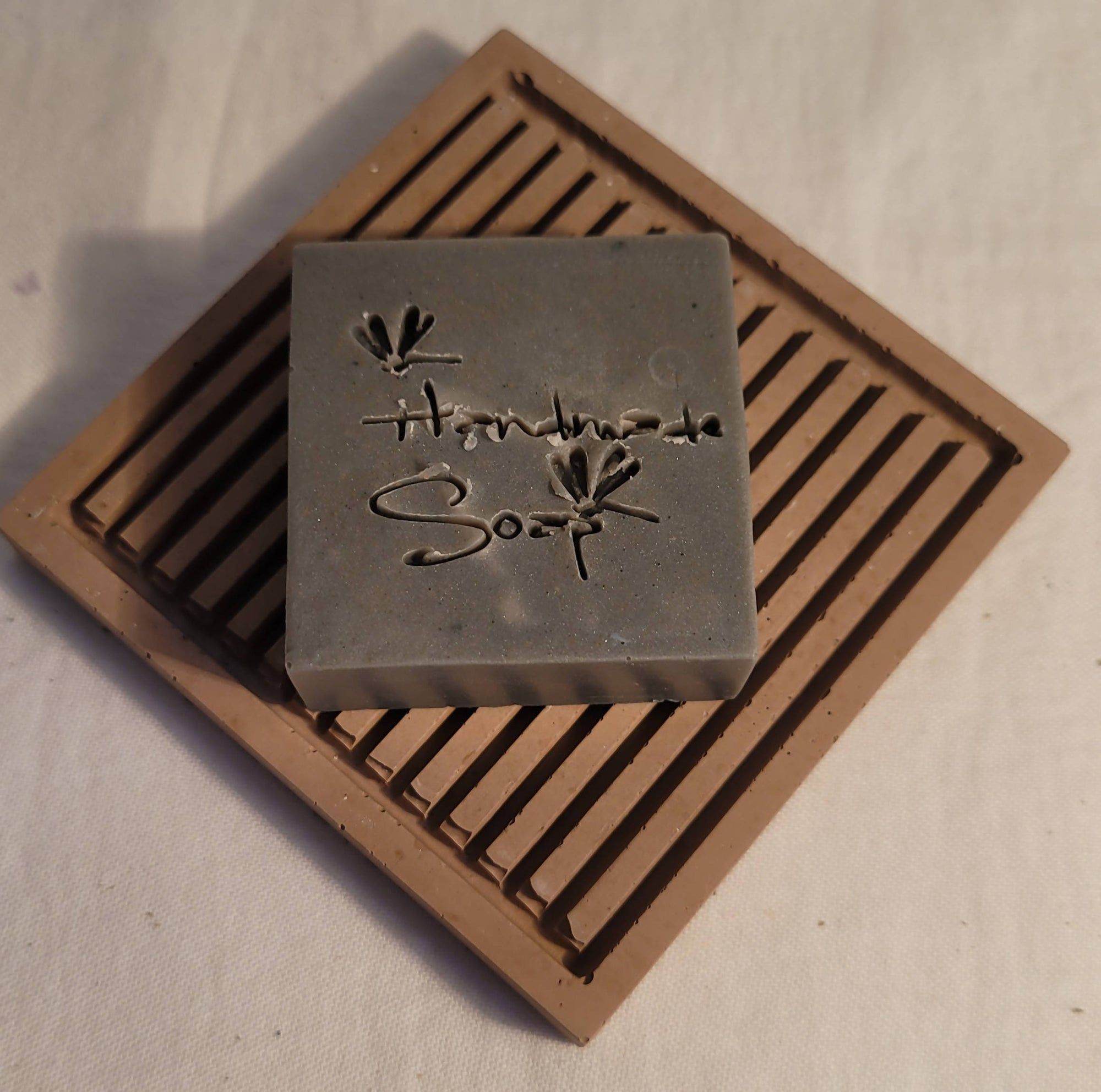 Relief - Handmade soap saver cement soap dish square
