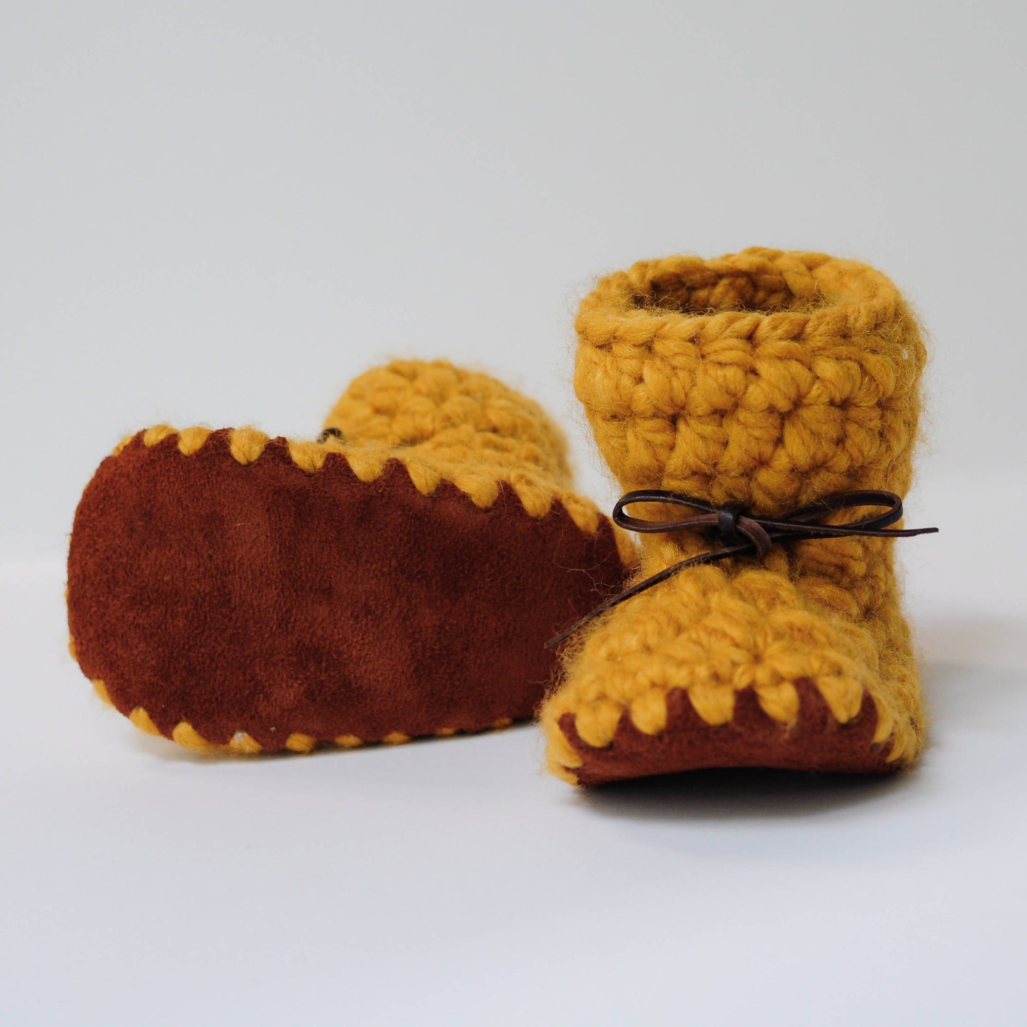 MUSTARD BABY BOOTIES / SHOES WITH DARK SUEDE AND TIES