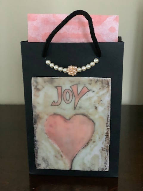 small size heart gift bag