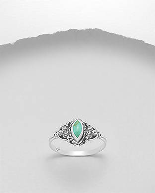 925 Sterling Silver Ring, Decorated with Reconstructed Turquoise Size 7