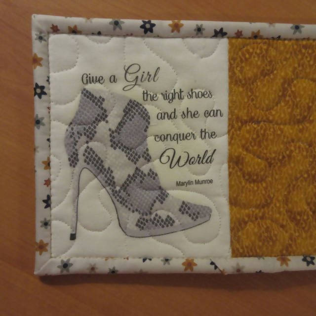 STILETTO BOOT (gold fabric) HANDMADE QUILTED MUG RUG