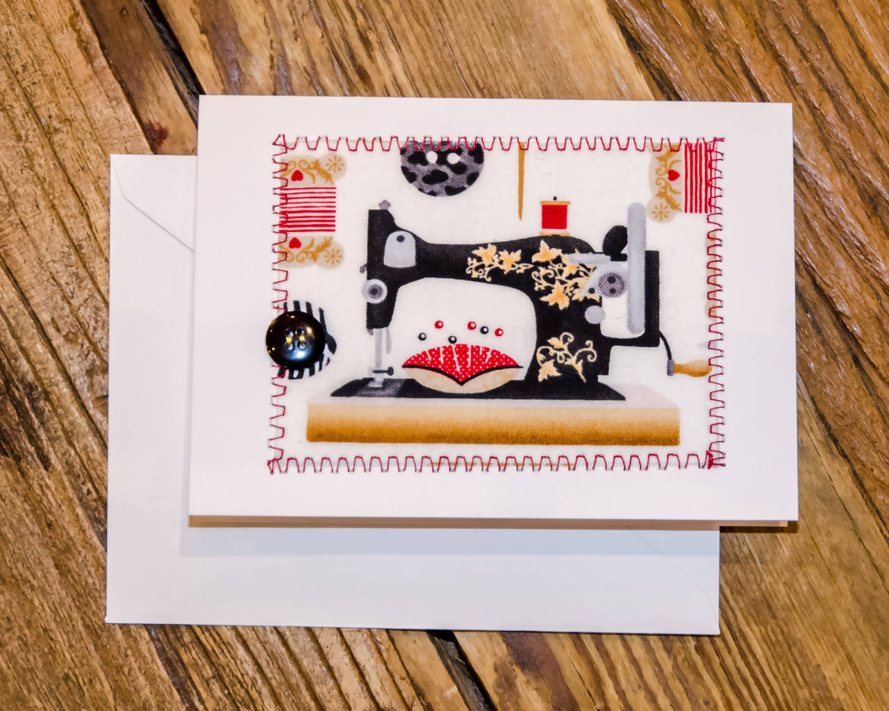 Sewing Machine (old fashioned) Greeting Card - Handmade - Fabric on paper / Blank Inside for any occasion