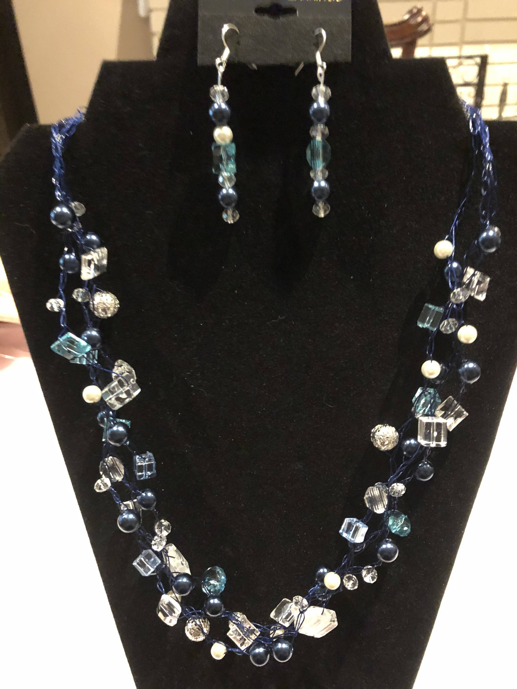 Crocheted necklace set