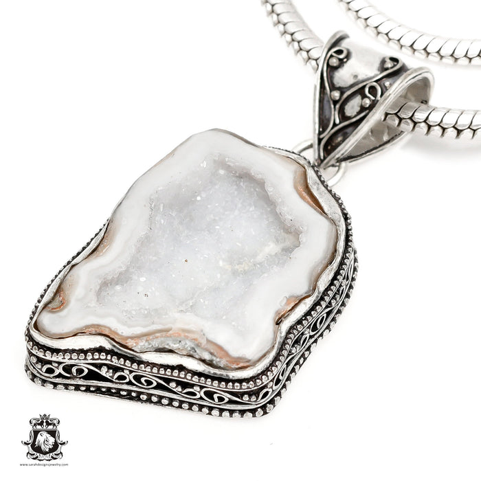 Tabasco Coconut Geode Pendant 4mm Snake Chain V1285