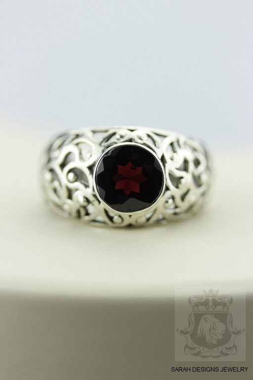 Size 6,5 FILIGREE SETTING GARNET (Nickel Free) 925 Fine Sterling Silver Ring & Worldwide Express Shipping r31