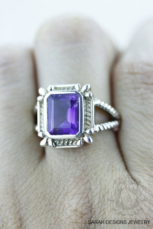Size 6 Amethyst Sterling Silver Ring R541