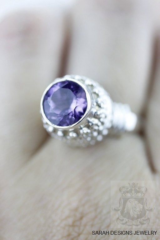 Size 6 Amethyst Sterling Silver Ring r545