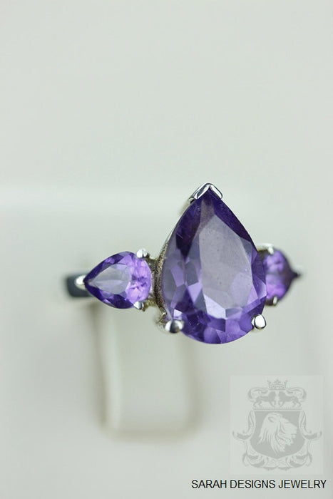 Size 7 Amethyst Sterling Silver Ring r720