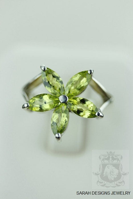 Size 7.5 Peridot Sterling Silver Ring r917