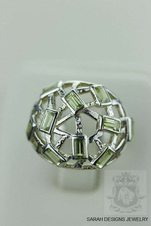 Size 7 Peridot Sterling Silver Ring r893