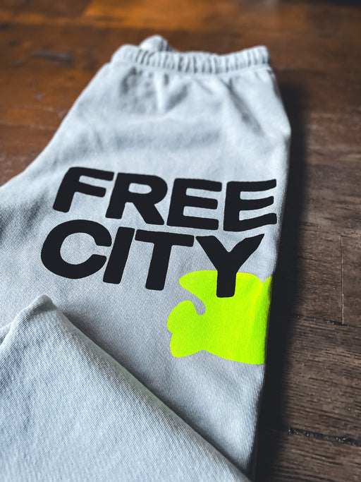 Free City Large Sweatpant in Stardust