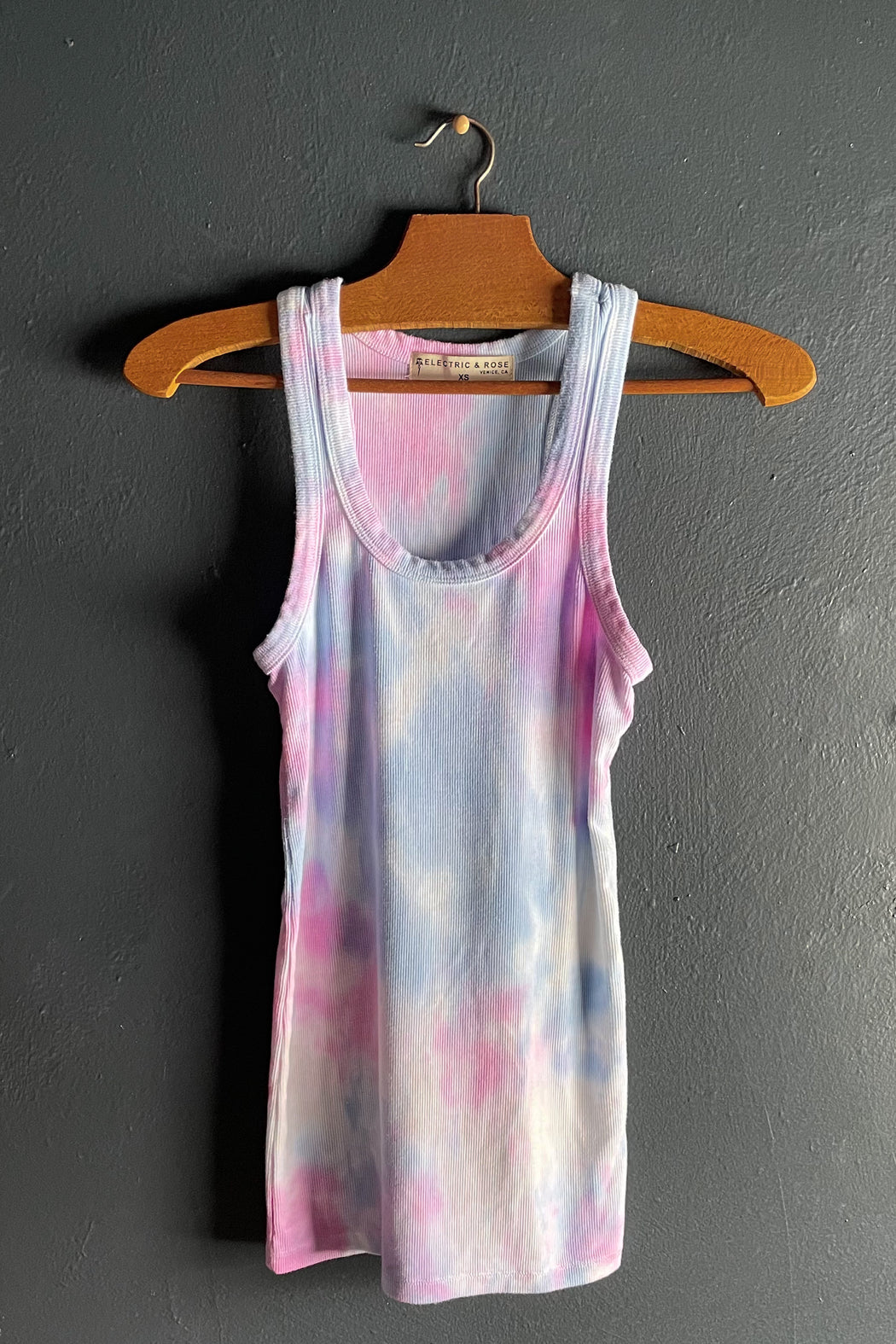 Electric & Rose Elle Tank in Rosey Wave