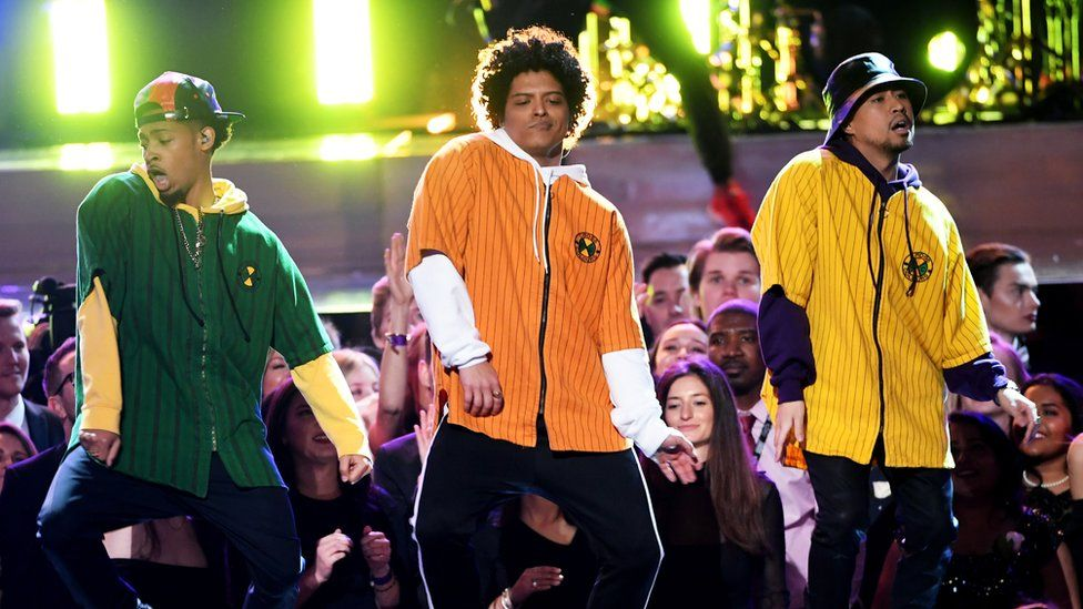 How Bruno Mars' new music video is a tribute to 90s style