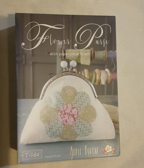 Tilda Flower Purse Kit in Apple Bloom Fabric