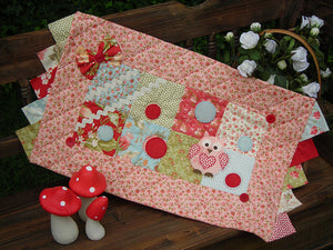 "The Rivendale Collection ""Dottie"" Table Runner Pattern by Sally Giblin"