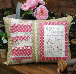 "The Rivendale Collection ""Grandmother's Heart"" Cushion Pattern by Sally Giblin"
