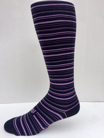 A New 2021 Bold Stripe Black with Lavender Men's Socks OTC