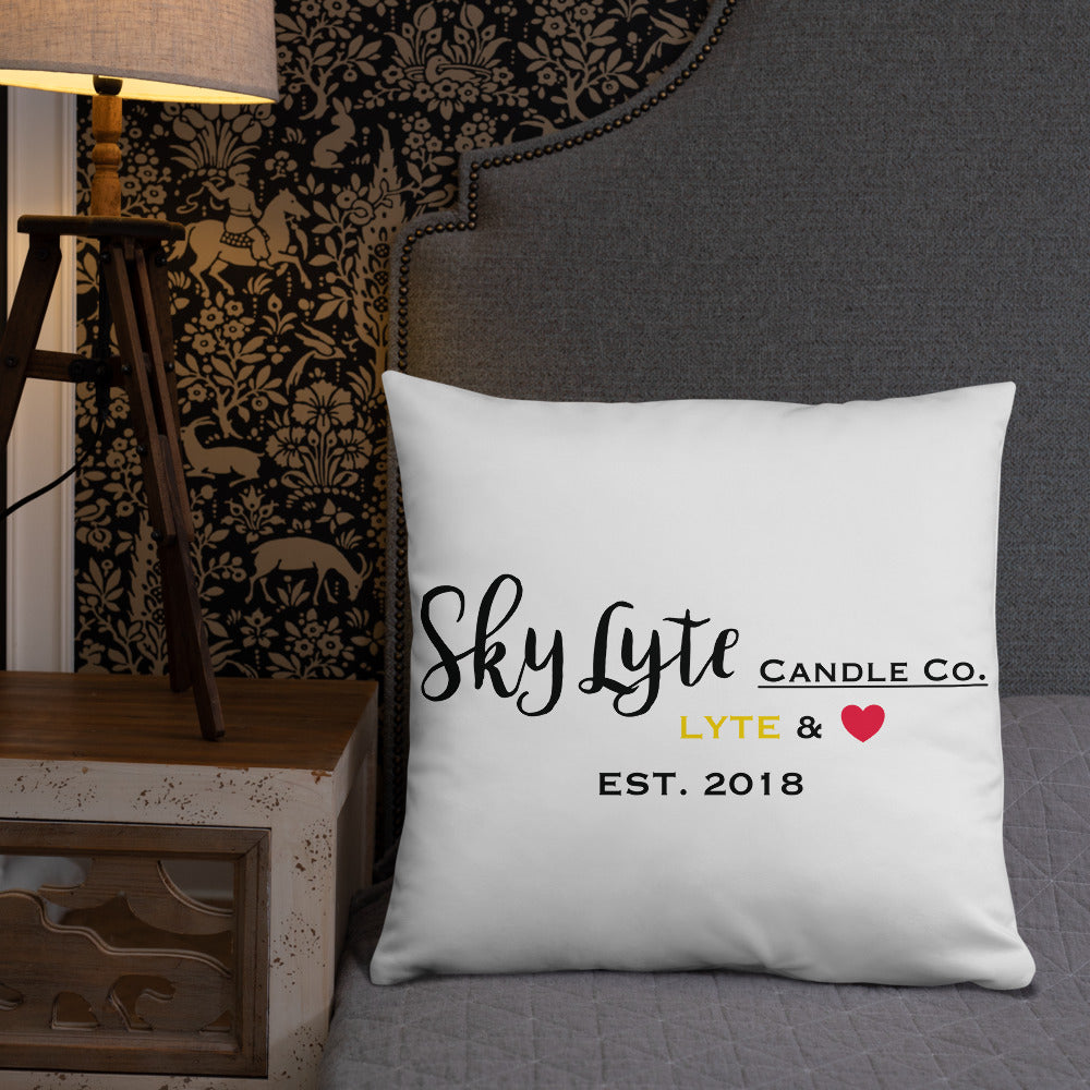 Sky Lyte Throw