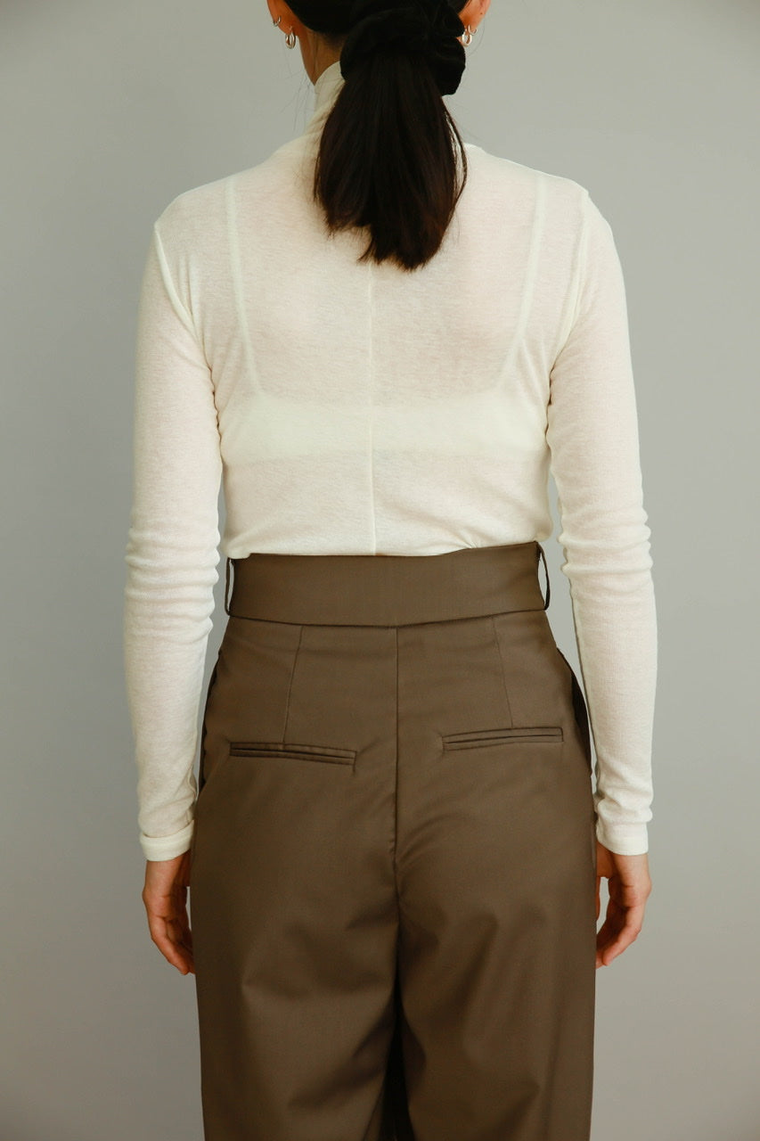 Daily Turtleneck Top in Ivory