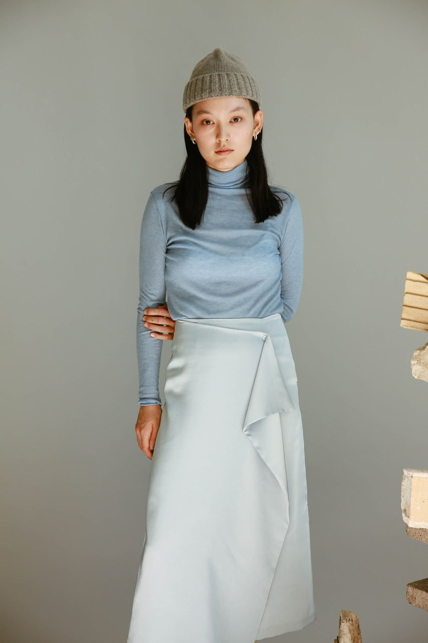 Wave Silky Skirt in blue