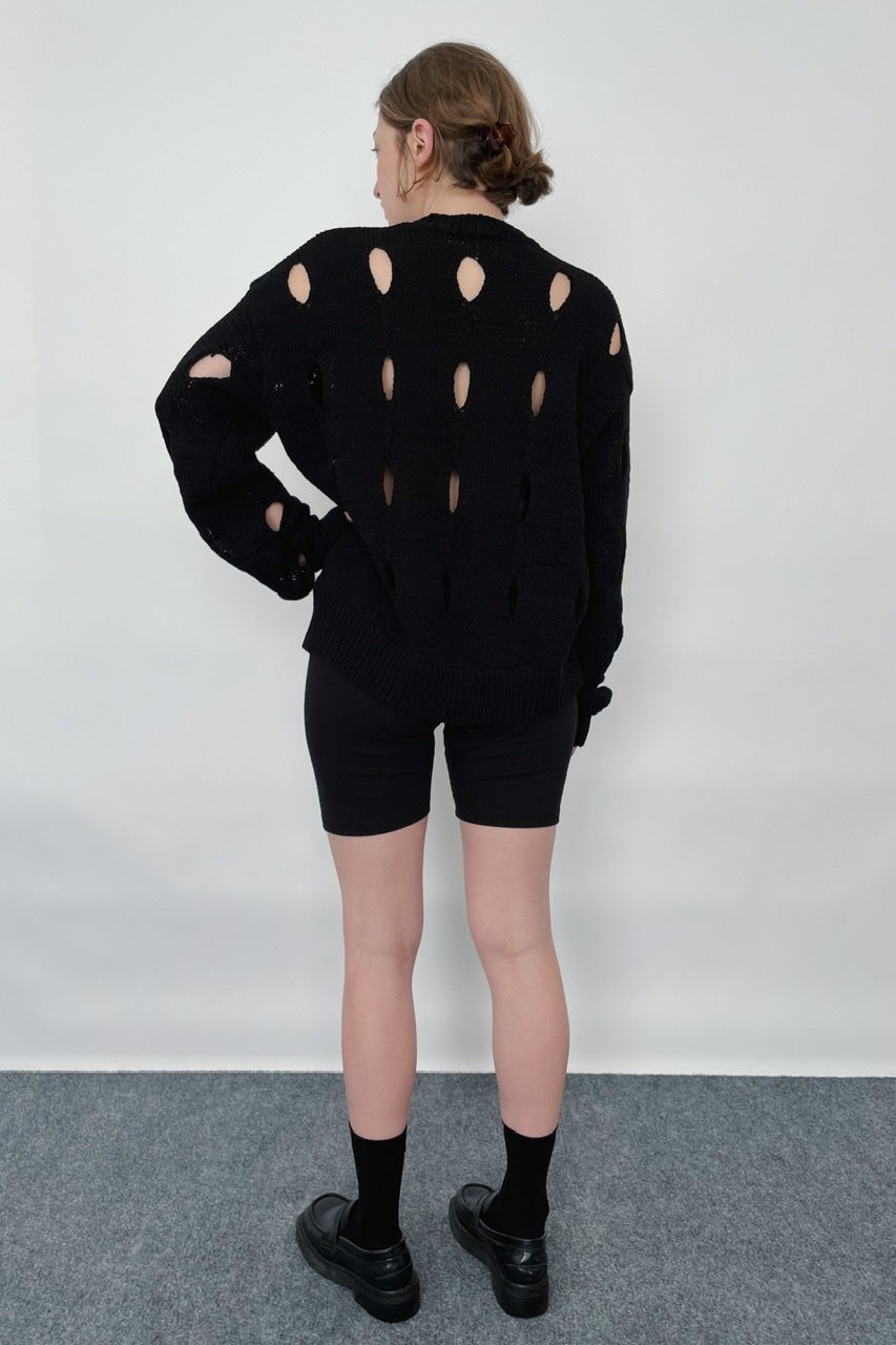 CUT-OUT COTTON SWEATER BY THEOPEN PRODUCT IN BLACK