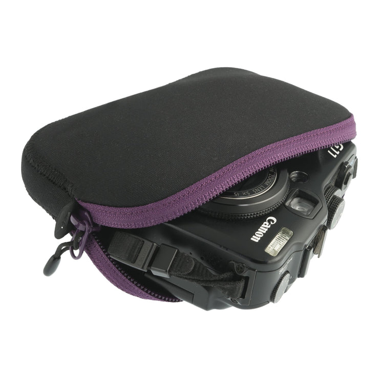 TRAVELLING LIGHT PADDED POUCH