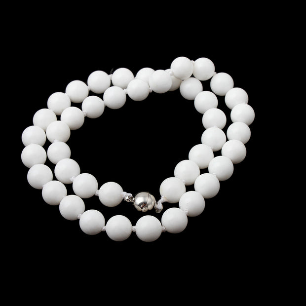 white beaded necklace for women