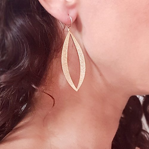 Long Leaf Sparkling Earrings Gold / Silver